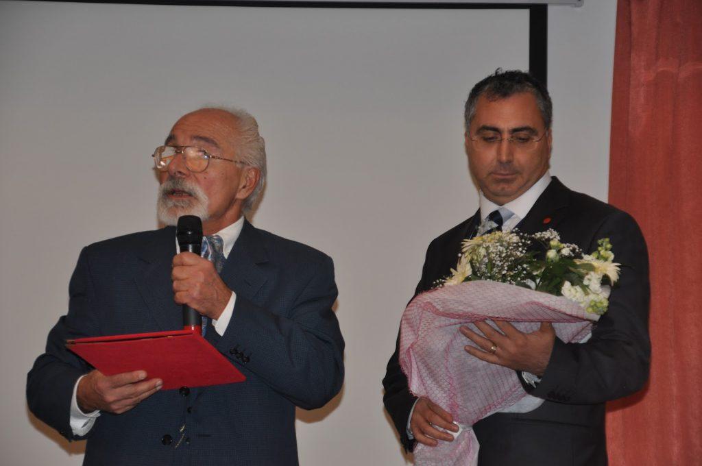 Prof. Dr. Emre Kongar Aralık 2011