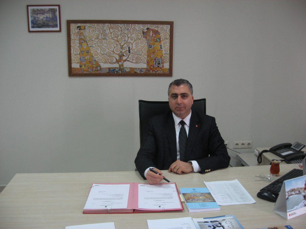 Prof. Dr. Vedat Işıkhan - Hacettepe Üniversitesi